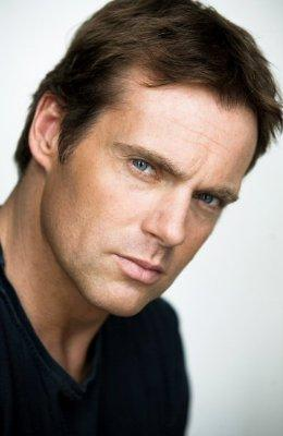 Michael Shanks (2009)