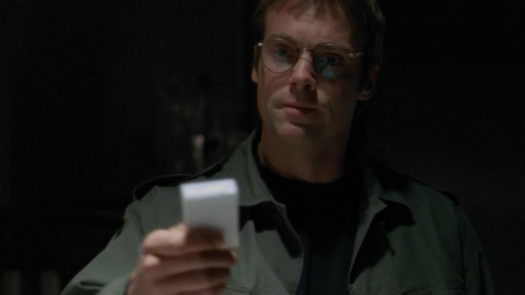 Daniel Jackson hands over his tape in 'Heroes'