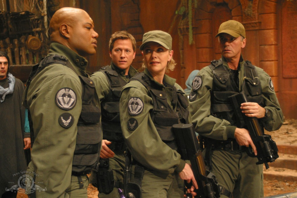 SG-1 at the start of Season Seven in 'Fallen'