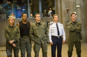 SG-1 and General Hank Landry in 'Ripple Effect'
