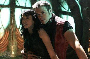 Vala Mal Doran and Daniel Jackson in Farscape scene in 200