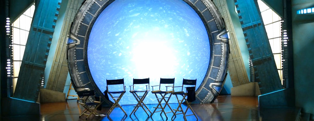 Empty Actor Chairs in front of an active Stargate (original image from MGM)
