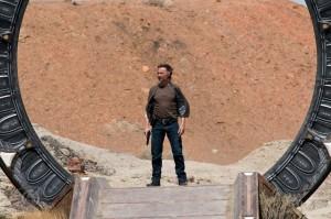 Rush carries a gun in MALICE