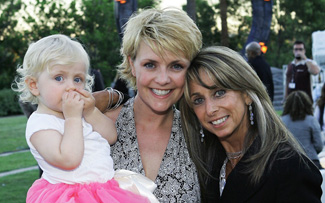 Amanda Tapping and daughter